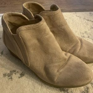 Maurices Tan Bootie size 9